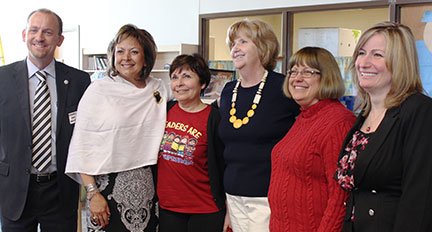 New Mexico officials visit Reading Recovery event in Rio Rancho